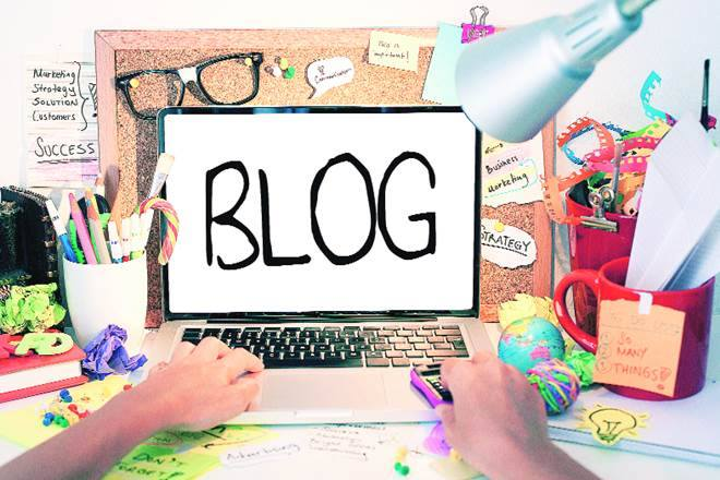 Blogging to Build a Community of Loyal Fans